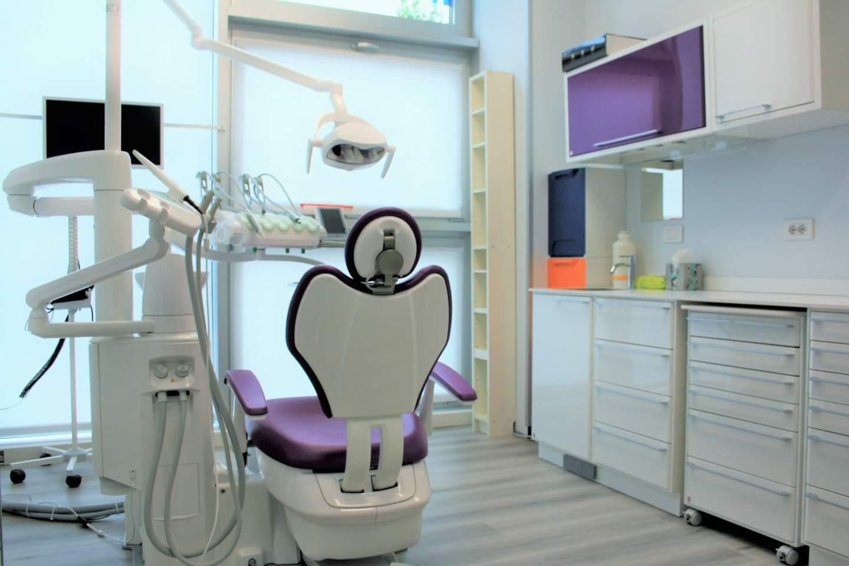 Le Prestazioni del Centro Dentale Parmense | Chirugia Orale, Impianti Dentali, Protesi, Ortodonzia Fissa e Invisibile, Pedodonzia, Radiologia, Estetica