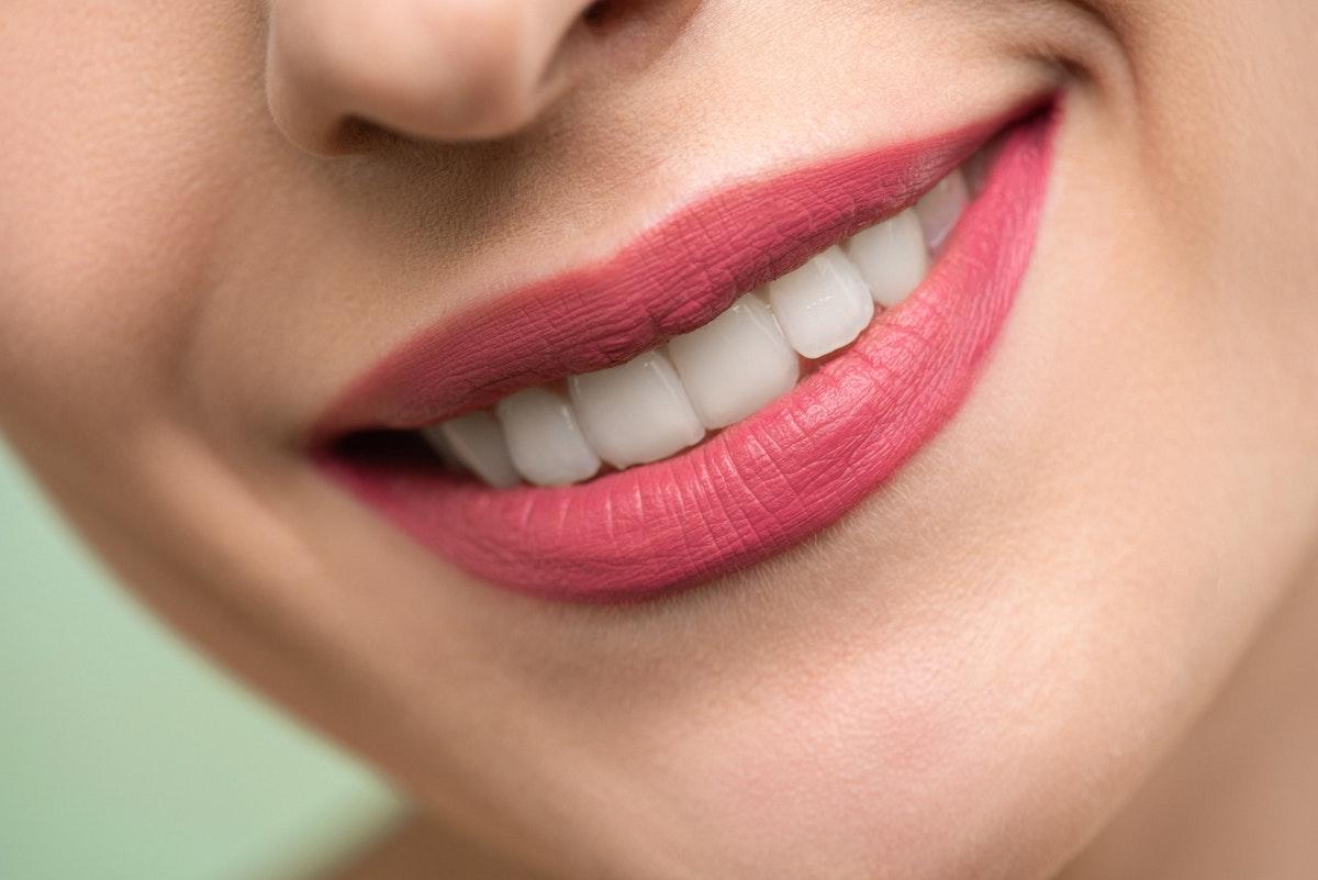 Odontoiatria ed Ortodonzia Estetica con Dentisti esperti e dedicati con il Centro Dentale Parmense a Parma: non occorre andare fuori Italia!