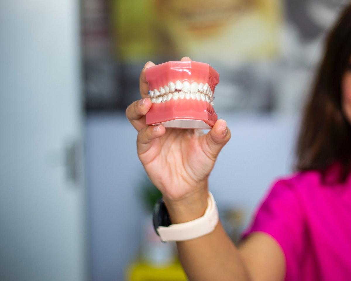 Apparecchi Dentali Fissi Parma e Provincia | Centro Dentale Parmense: Visita di Valutazione Gratuita e Agevolazioni su Misura